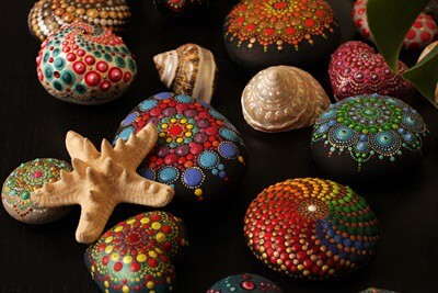 are painted shells safe for hermit crabs?