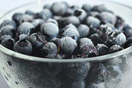 can hermit crabs eat frozen blueberries?